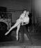 Zizi Jeanmaire (1924-2020), danseuse et artiste de music-hall francaise et Roland Petit (1924-2011), danseur et chorégraphe français. Ballets de Paris. Théâtre de l'Alhambra, 1958. © Boris Lipnitzki / Roger-Viollet