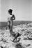 Juliette Gréco (née en 1927), chanteuse française. Photographie de Bernard Liptnizki (1930-2012). France, 3 août 1959. © Bernard Lipnitzki / Roger-Viollet