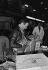 Paul Bocuse (1926-2018), restaurateur français, faisant son marché. Halles de Rungis, années 1970. © Jacques Cuinières / Roger-Viollet