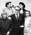Karl Lagerfeld (1933-2019), couturier allemand, avec des mannequins, 1985. © Ullstein Bild / Roger-Viollet