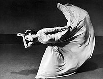 May 11, 1894 (125 years ago) : Birth of Martha Graham (1894-1991), American dancer and choreographer © Barbara Morgan / The Image Works / Roger-Viollet