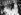 Sortie de la mairie où a été signé le traité de Neuilly le 27 novembre 1919. Photographie de Maurice-Louis Branger (1874-1950). Neuilly-sur-Seine (Hauts-de-Seine), décembre 1919. © Maurice-Louis Branger / Roger-Viollet
