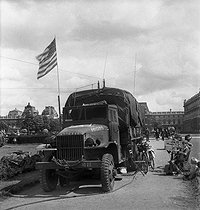 World War II. Liberation of Paris. GMC American truck at the Tuileries garden, on September 1st, 1944. © Pierre Jahan/Roger-Viollet