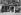 """Guerre 1914-1918. Cinémas. """"Pathé-Journal donne un film sensationnel"""". Paris, juillet 1915. Photographie de Charles Lansiaux (1855-1939). Bibliothèque historique de la Ville de Paris. © Charles Lansiaux / BHVP / Roger-Viollet"""