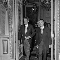 John Fitzgerald Kennedy greeting the Diplomatic Body at the Quai d'Orsay. Paris, on May 31, 1961. © Roger-Viollet