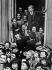 Parisiens, rue Saint-Dominique, acclamant Edouard Daladier à son retour de Munich. Paris, 30 septembre 1938. © Roger-Viollet