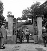 The general de Gaulle in Algiers (Algeria), October 12, 1947. © Roger-Viollet