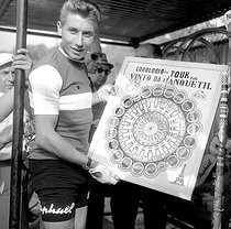 Jacques Anquetil (1934-1987), French racing cyclist. Winner of the Tour de France 1961. © Roger-Viollet