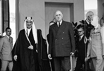 Charles De Gaulle, French statesman, and Faisal I, King of Saudi Arabia, at the Elysee Palace. Paris, on June 2, 1967. © Roger-Viollet