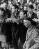 Evènements de mai-juin 1968. Grévistes à l''usine Citroën. Paris, mai 1968. Photographie de Georges Azenstarck (né en 1934). © Georges Azenstarck / Roger-Viollet