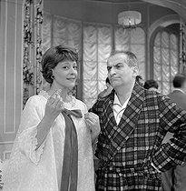 """Oscar"", play by Claude Magnier. Denise Provence and Louis de Funès. Paris, Théâtre de la Porte Saint-Martin, January 1961.     © Studio Lipnitzki/Roger-Viollet"