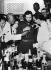 Fidel Castro (1926-2016), homme d'Etat et révolutionnaire cubain, fêtant sa nomination au poste de Premier Ministre de la République cubaine. Cuba, 1959. © Ullstein Bild/Roger-Viollet