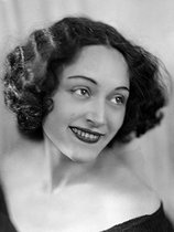 Maria Benz, known as Nusch (1906-1946), actress and model, Paul Eluard's second wife, whom she married in 1934. France, about 1935. © Henri Martinie / Roger-Viollet