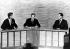 Débat télévisé entre John F. Kennedy et Richard Nixon en présence de Frank McGee (1921-1974), journaliste de la NBC. Washington (Etats-Unis), 8 octobre 1960. © TopFoto/Roger-Viollet