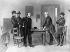 Guerre de Sécession, 1861-1865. Robert E. Lee et le général Ulysses S. Grant (à gauche) lors de la signature de la capitulation à la Appomattox Court House, Virginie. 9 avril 1865. © Ullstein Bild / Roger-Viollet