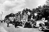 Guerre 1939-1945. Exode de 1940. Soldats allemands et prêtre. © LAPI/Roger-Viollet