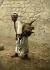 Porteur d'eau. Jérusalem (Palestine, Israël), vers 1880-1890. © Roger-Viollet