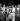 Walker Smith, dit Ray Sugar Robinson (1920-1989), boxeur américain, à droite. Paris, octobre 1951. © Roger-Viollet