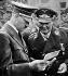 Allemagne nazie. Adolf Hitler (1889-1945), homme d'Etat allemand, et Hermann Goering (1893-1946), militaire et homme politique allemand. Pologne, 1939. © Roger-Viollet