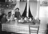 A large family having breakfast. France, in 1939. © LAPI/Roger-Viollet