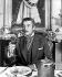 """Errol Flynn (1909-1959), acteur américain, sur le tournage de """"La Dynastie des Forsyte"""", de Crompton Bennett, 1949. © TopFoto / Roger-Viollet"""