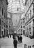 Intérieur de la galerie du roi Humbert Ier d'Italie. Naples (Italie), vers 1910. © Léon et Lévy / Roger-Viollet