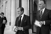 Jean Cazeneuve (1915-2005), French sociologist, and Jean d'Ormesson (1925-2017), French writer, at the Elysee Palace. Paris, circa 1976. © Jacques Cuinières/Roger-Viollet