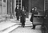Le général De Gaulle (1890-1970) sortant d'un Conseil des ministres. Paris, janvier 1946.  © LAPI/Roger-Viollet