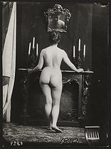 Study of a female nude. Paris, circa 1900. © Collection Roger-Viollet/Roger-Viollet