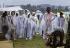 Participants au festival de Woodstock sous la pluie. Bethel (Etats-Unis), août 1969.  © Tom Miner / The Image Works / Roger-Viollet