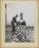 Usine municipale de fabrication de pavés en bois. Ouvrier devant une ébarbeuse électrique Postel-Vinay. Vers 1909. Paris, bibliothèque de l'Hôtel de Ville.  © BHdV/Roger-Viollet