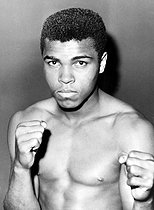 June 27, 1979 (40 years ago) : Mohamed Ali 1942-2016), American boxer, retires from professional boxing