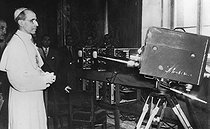 Pope Pius XII examining the TV installations that the Vatican had just bought, 1947. © Roger-Viollet