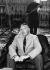 Ernest Hemingway (1899-1961), écrivain américain, dans une gondole. Venise (Italie), 1948. © Ullstein Bild/Roger-Viollet