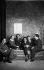Le groupe des Six : de gauche à droite, Francis Poulenc, Germaine Tailleferre, Louis Durey, Jean Cocteau, écrivain français (qui s'est joint au groupe de compositeurs), Georges Auric (absent, dessiné par Cocteau), Darius Milhaud et Arthur Honegger. 1931. © Studio Lipnitzki/Roger-Viollet