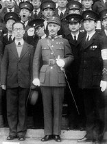 Chiang Kai-shek (Jiang Jieshi, 1887-1975), Chinese general and statesman, greeting a delegation of students from Beijing who offered him a sword of honor. 1937-1938. © Roger-Viollet