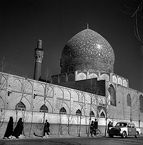Isfahan (Iran). The Mother's King madrasa, also said Shahar Bagh (1706-1714). 1958. © Roger-Viollet