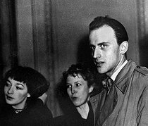 Juliette Gréco (born in 1927), French actress and singer, Anne-Marie Cazalis (1920-1988) and Boris Vian (1920-1959), French writers. © Roger-Viollet