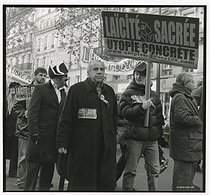 Roland Castro (born in 1940), French architect and political activist, running for the 2007 presidential elections, taking part in a rally for the defence of secularity. Paris, on December 10, 2005. © Catherine Deudon / Roger-Viollet