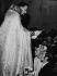 Mariage de Charles Aznavour (1924-2018), auteur-compositeur-interprète et acteur français d'origine arménienne, et d'Ulla Thurcel, 1967. © Ullstein Bild / Roger-Viollet