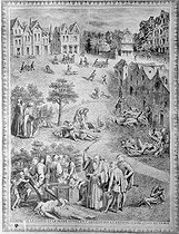 Plague epidemic in Paris, in the Middle Ages. Engraving.  © Roger-Viollet
