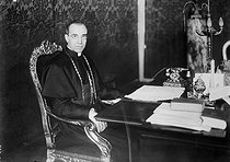 Cardinal Eugenio Pacelli (1876-1958), future pope Pius XII. © Collection Harlingue/Roger-Viollet