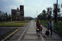 The exclave of Kaliningrad after the fall of the Berlin Wall. Former cathedral of Königsberg. Kaliningrad (Russia), May 1991. © Jean-Paul Guilloteau / Roger-Viollet