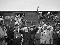 World War II. Arab conscripts in a station.  © Roger-Viollet