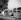 Promenade sur les berges de la Seine. Paris, octobre 1962.  © Roger-Viollet