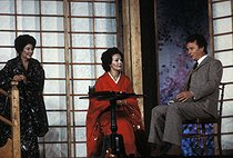 """Madama Butterfly"", opera by Giacomo Puccini. Direction, stage design and costumes : Pier Luigi Samaritani. Conductor : Alain Lombard. Raina Kabaivanska, Christa Ludwig (Suzuki) and Giorgio Zancanaro. Opéra de Paris, October 1983. © Colette Masson / Roger-Viollet"