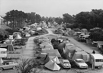 Cabourg (Calvados). Camping site of the beach, in the 1960's. © CAP / Roger-Viollet