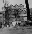 """The """"Ruche"""", artists's home located passage de Dantzig. Paris (XVth arrondissement), 1900-1910. © Roger-Viollet"""