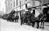 Firemen leaving for a mission. Barracks in the rue Haxo. Paris (XXth arrondissement). © Neurdein/Roger-Viollet