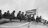 Discours de Fidel Castro avec Ernesto Guevara, Osvaldo Dorticos Torrado et Raúl Castro. Cuba, 1962. © Gilberto Ante / BFC / Gilberto Ante / Roger-Viollet